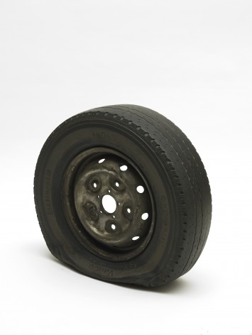 Flat Tyre 2013 Gavin Turk 16108 355x472 Who What When Where How and Why at Newport Street Gallery